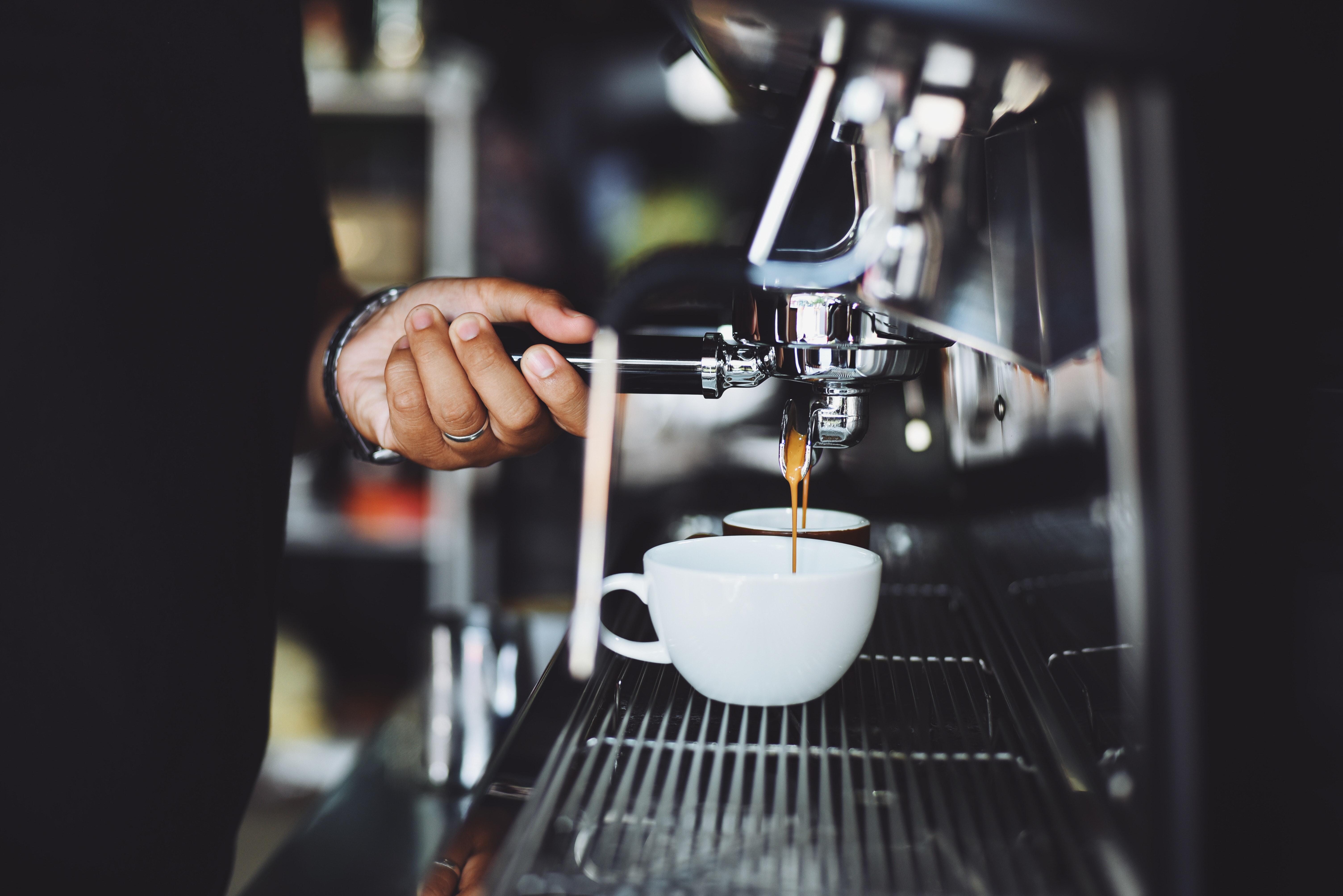 paras-espressokeitin